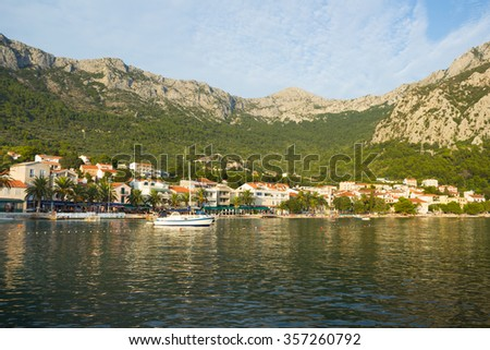 Gorgeous view on evening beach and mountains in Gradac, Croatia
