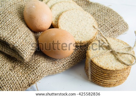 grain crackers  and egg