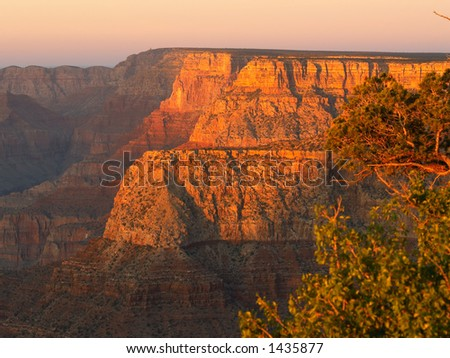 Grand Canyon in light of the setting sun, seen from Grandview Point