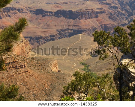 Grand Canyon: The Bright Angel Trail crossing the Tonto Platform