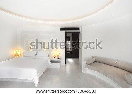 grand white bedroom