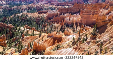 Great spires carved away by erosion in Bryce Canyon National Park, Utah, USA