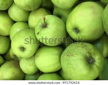 Green apples. Apples. Apples pattern. Apples texture. Apples closeup.