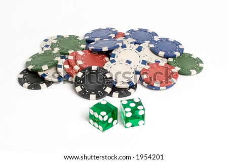Green Casino Dice with Lucky 7 and chips