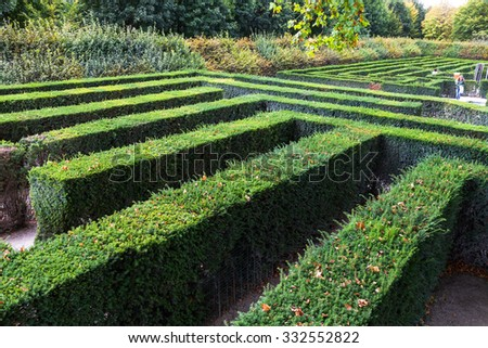 green maze of Schloss Schonbrunn palace garden, Vienna. The Maze at Schonbrunn was laid out between 1698 and 1740 and consisted of four different parts - stock photo