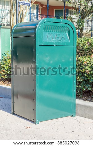 Green rubbish bin