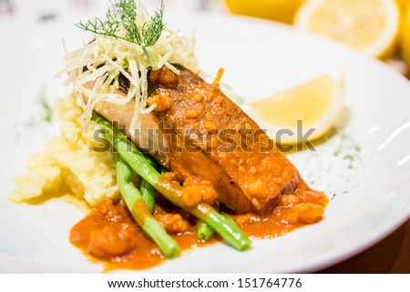 Grill salmon with shrimp sauce