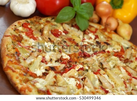 Grilled Chicken and Roasted Pepper Pizza