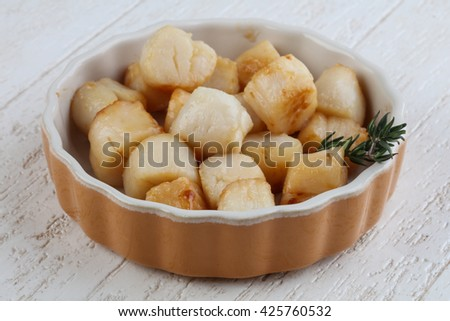 Grilled scallops with thyme - dietary food - stock photo