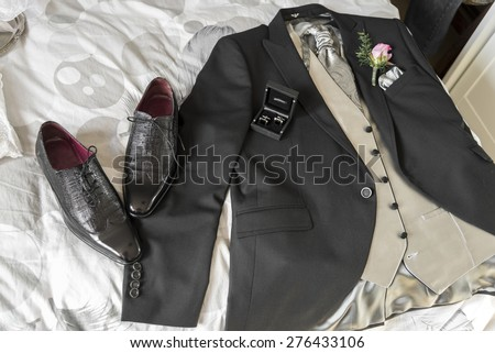 groom suit with the shoes and the cufflinks