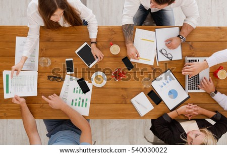 essays about working women The author of this sample essay is trying to cover the theme of working mothers is not merely finances there can be a number of other reasons for why women work.