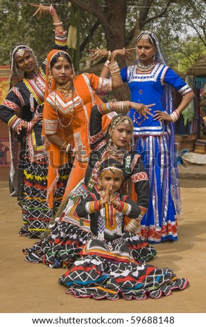 Group of Kalbelia tribal dancers performing at the annual Sarujkund Fair near Delhi, India