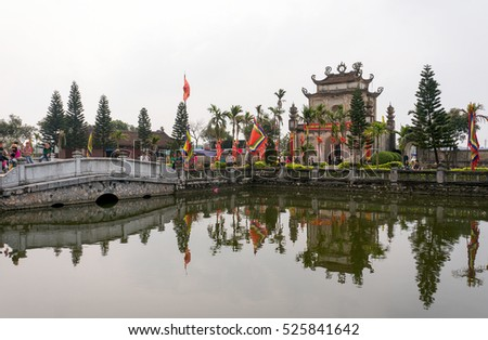 HAI DUONG, Vietnam, March 25, 2016 people, participating in the festival, at the Confucius Temple Mao Dien, Hai Duong