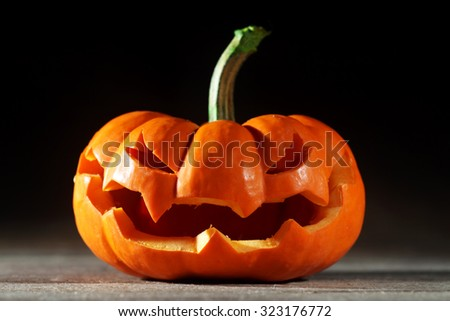 Halloween jack o' lantern - stock photo