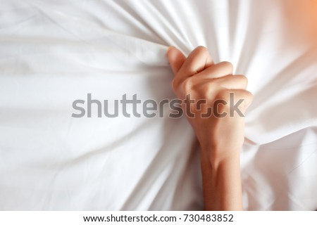 Hand feeling sex picts