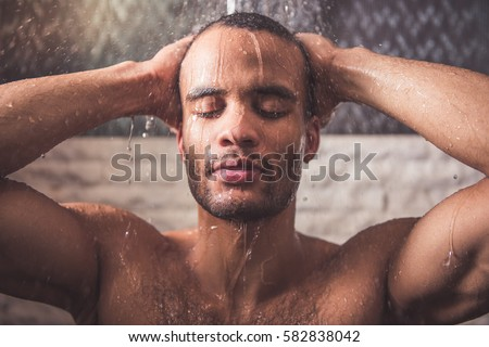 ddd-photo-of-naked-man-taking-a-shower-kaif-fucked