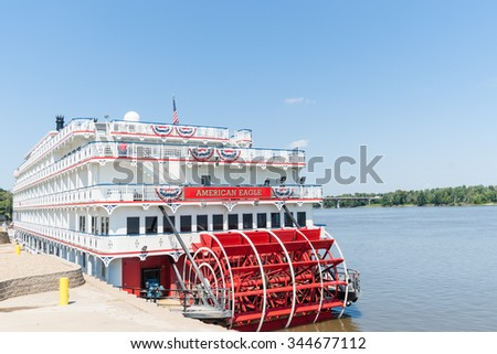 HANNIBAL, USA - SEPTEMBER 4; American Eagle  paddle wheel riverboat American Eagle docked in historic hometown of Mark Twain on September 4, 2015, at Hannibal Missouri USA
