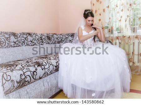 happy bride waiting for the groom