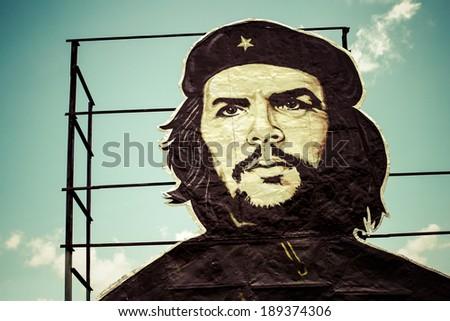 HAVANA, CUBA, JUNE 18: Che Guevara painting over building in Old Havana . Taken 2004 in Old Havana, Cuba. - stock photo