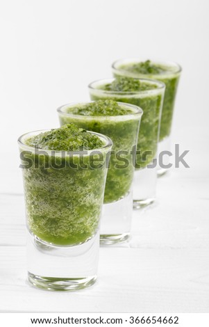 Healthy green smoothie with spinach