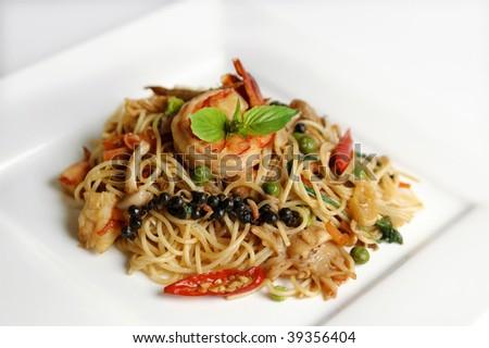 Healthy seafood spaghetti - stock photo