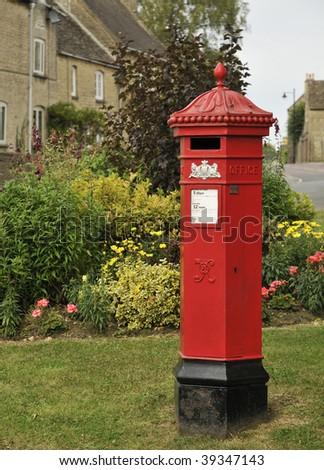 Hexagonal Penfold Victorian Pillar Box, Tetbury, Gloucestershire - stock photo