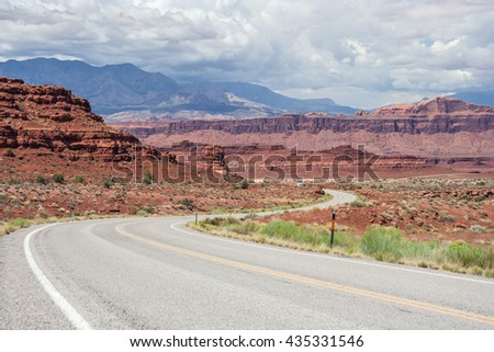 Highway in Glen Canyon National Recreation Area