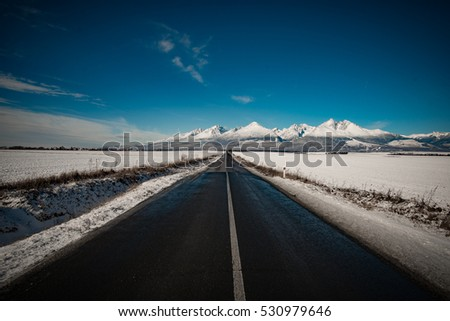Highway to mountains