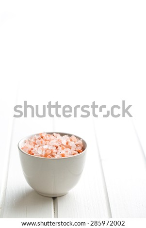 Himalayan salt in bowl on kitchen table