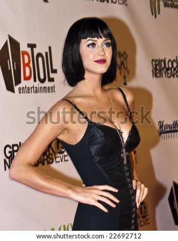 HOLLYWOOD - DECEMBER 31: Singer KATY PERRY attends Gridlock New Year's Eve at Paramount Studios on December 31, 2008 in Hollywood, California.