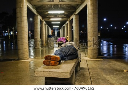 homless people in the streets of usa