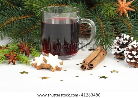 hot wine punch,star anise and cookies - xmas
