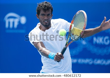 HUA HIN, THAILAND-AUGUST 26:Sriram Balaji of India returns a ball during semi-final of ITF Pro Circuit Thailand Men's F1 on August 26, 2016 at True Arena Hua Hin in Hua Hin, Thailand