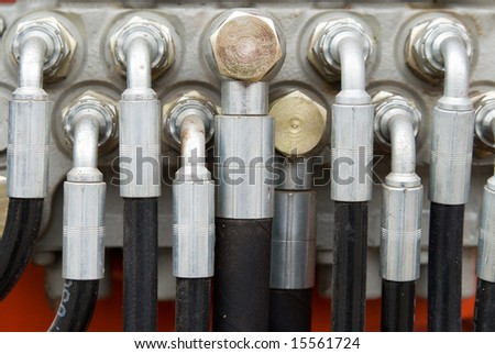 Hydraulic Tubes on Heavy Weight Machinery