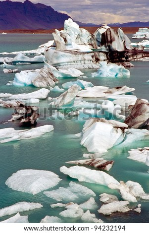 Icebergs in the glacier lake Jokulsarlon, Iceland