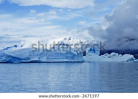Icebergs on the Argentina Lake, El Calafate, Patagonia