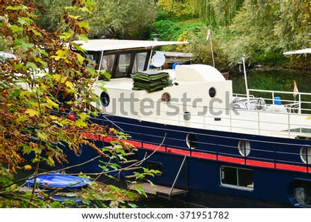 Ile de France, boats in the picturesque city of Poissy