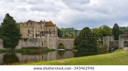 Image of Leeds castle in Kent, England.