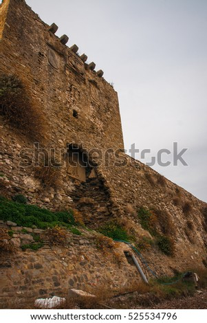 Image of ruins of the fortress of Methoni, Peloponnese, Greece
