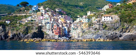 In Cinque Terre area, Rio Maggiore is one of the most beautiful town due to the V shape of rural houses disposal