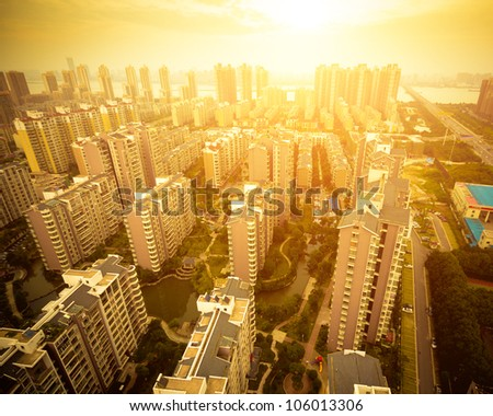In the evening, the sunset and the city's Sunset - stock photo