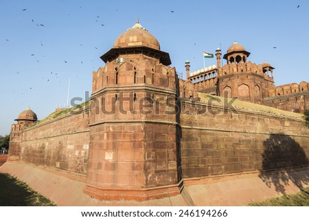 India, Delhi, view of The Red Fort (Lal Qila), on The banks of the river Yamuna, it was built by shanjahan as the Delhi citadel of the 17th Centuty. - stock photo