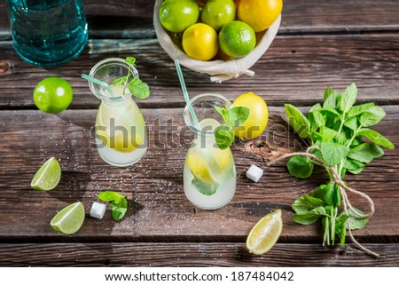 Ingredients for fresh lemonade with ice