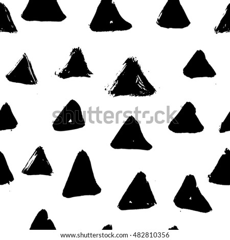 Ink hand drawn triangles. Seamless pattern. Raster.