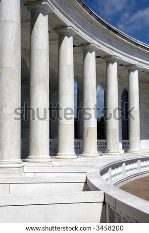 Inside view of the amphitheater in front of the tomb of the unknown soldier, Arlington Cemetery, VA