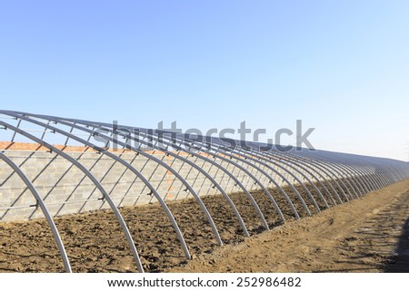 Is the construction of the steel structure of greenhouses