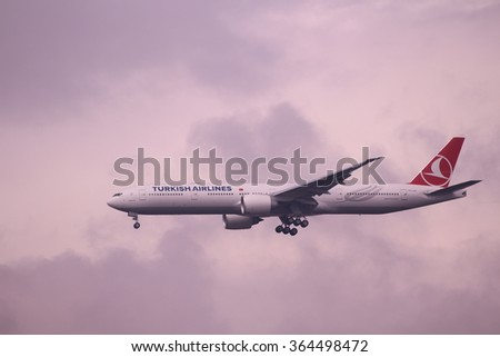 Istanbul, Turkey; March 31, 2015: Turkish Airlines Boeing 777 at the final approach