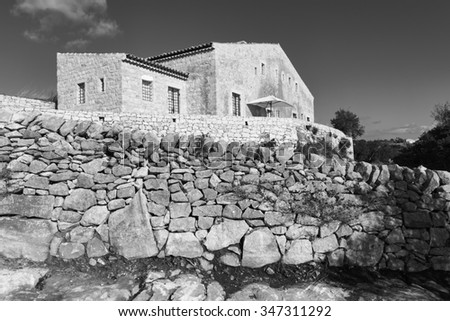 Italy, Sicily, countryside (Ragusa Province), typical stone sicilian house - stock photo