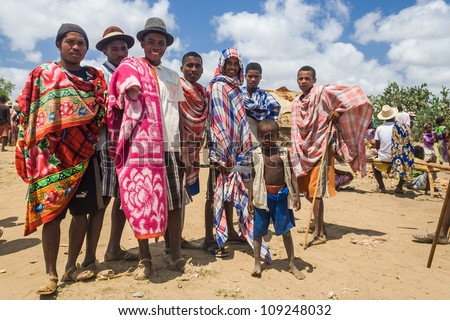 ITAMPOLO, MADAGASCAR - OCT 19:Unidentified Malagasy men of ethnic Antandroy at the market of Itampolo in the south of Madagascar on October 19, 2006. Antandroy are an ethnic group of Androy region. - stock photo