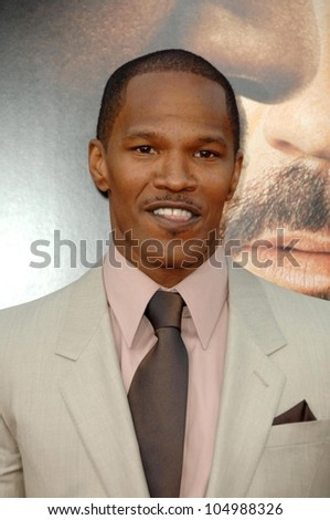 Jamie Foxx  at the Los Angeles Premiere of 'The Soloist'. Paramount Theatre, Hollywood, CA. 04-20-09 - stock photo